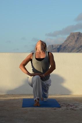 core vinyasa yoga  pavla apostolaki